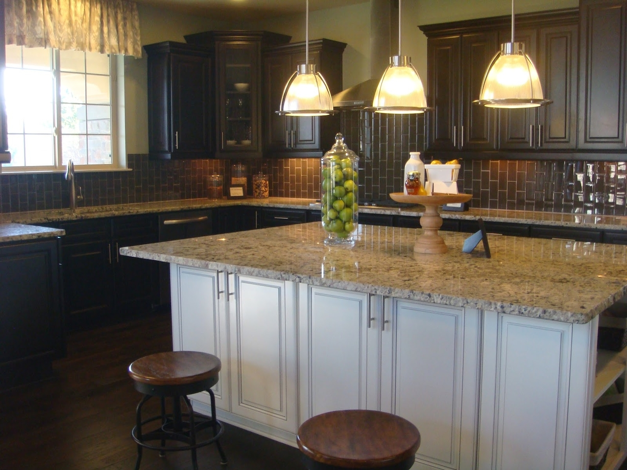 room inch lights kitchen bronze lighting by com light fixtures harbor ceiling quoizel island shop new western lamps