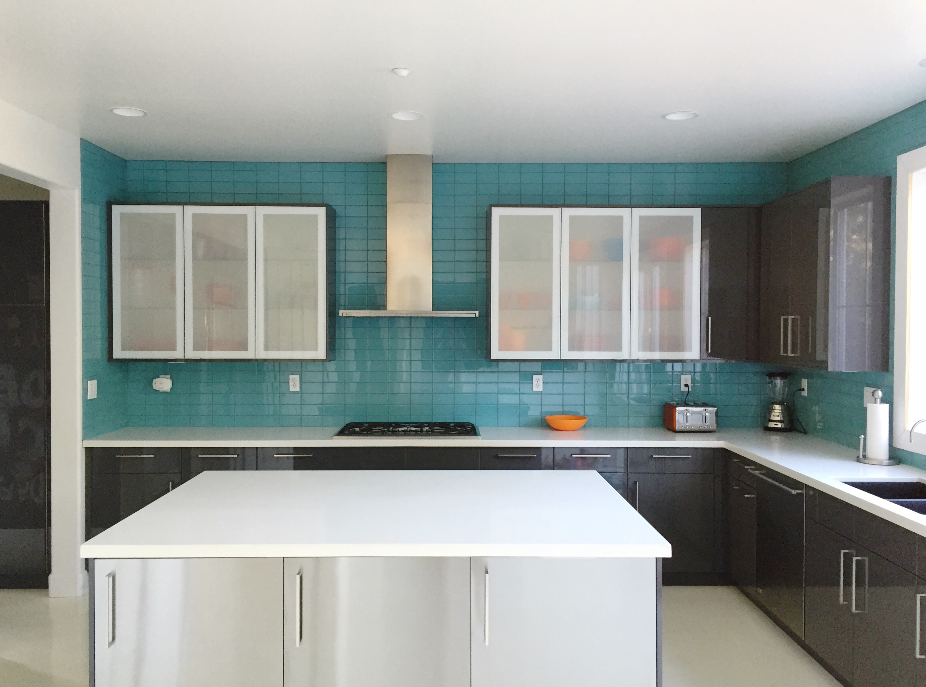 Glass Tile Backsplash Ideas For Kitchens Part - 36: Great Pros